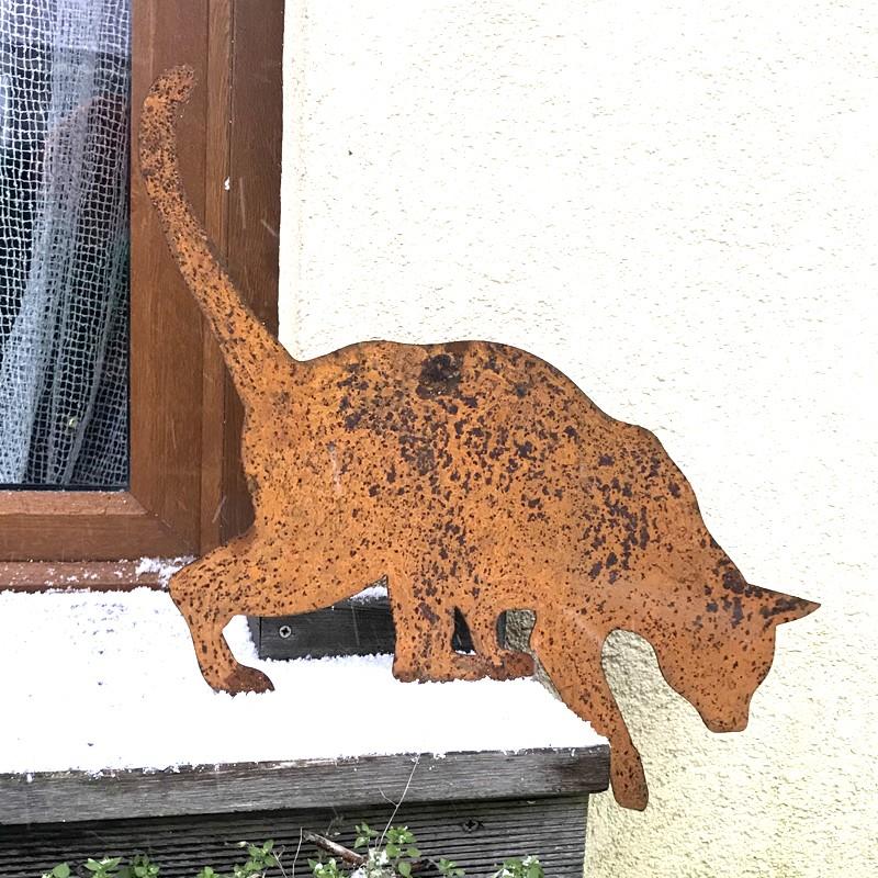 Rdzewiejąca Tola kot ozdoba ogrodowa